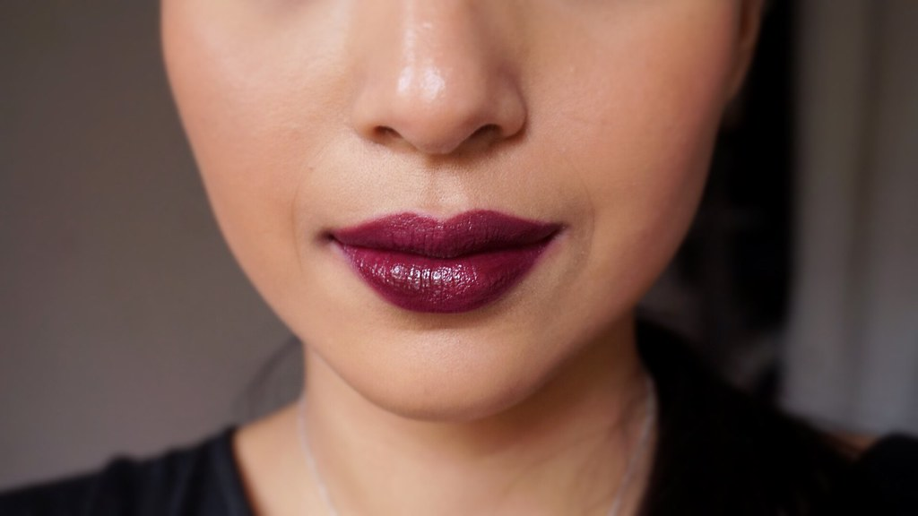 NARS velvet lip glide Toy nc40 Sarah moon mind games review girlandvanity.com