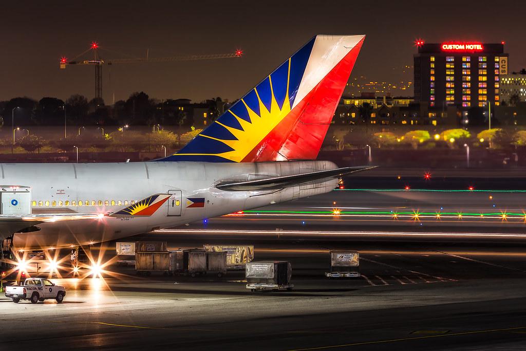 In Philippine Air Grille : Philippine airlines  jeff d welker flickr