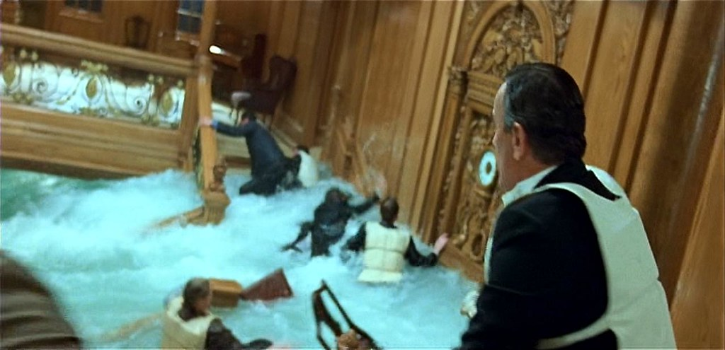 Rms titanic 39 s first class grand staircase sinking - Was the titanic filmed in a swimming pool ...