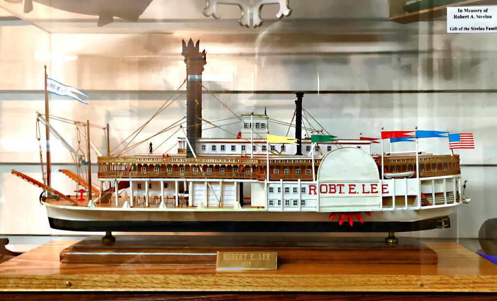 Robert E. Lee • Amati wooden model | Glass enclosed wooden m… | Flickr