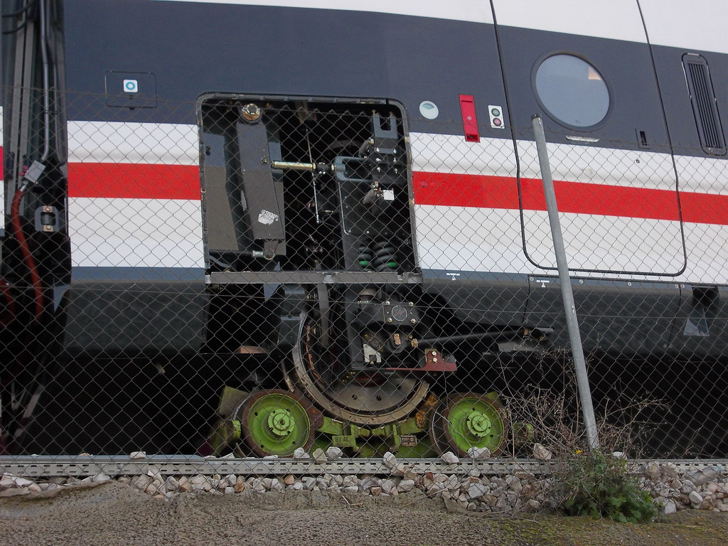 tren 250