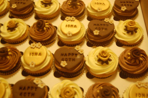 A variation on a theme. Golds, browns and ivories work together to produce a selection of cupcakes which are as beautiful as they are chocolatey! The gold and chocolate 40th cupcakes - from £2 each (minimum order 12).