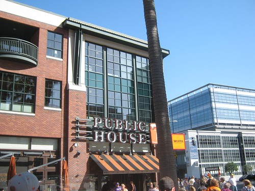 The San Francisco Giants Public House