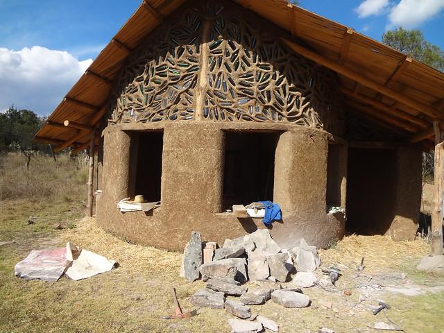 Tlaxco proyecto san isidro paredes de pacas de paja - Construccion casas de piedra ...
