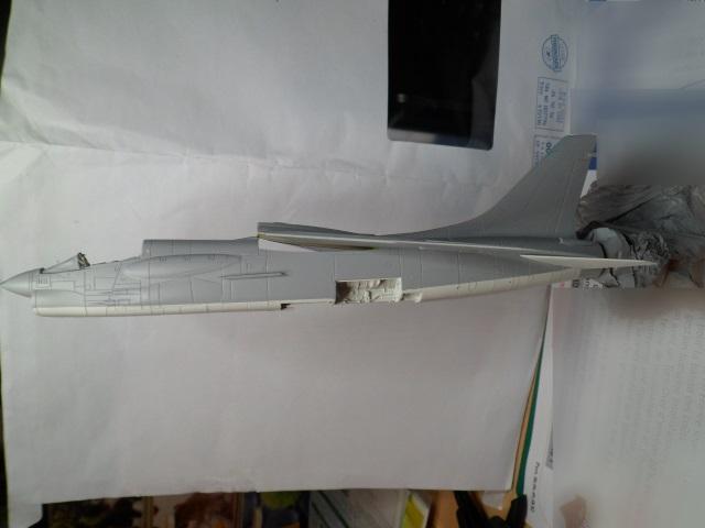 Pas-à-pas : Vought F-8E Crusader [Academy 1/72] 30799054502_fba465c563_o