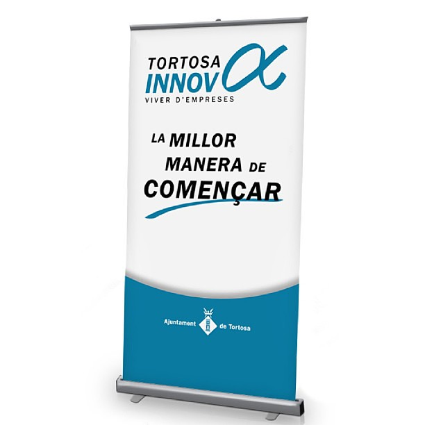 Tortosa innova roll up para eventos del vivero empresaria for Vivero grinon