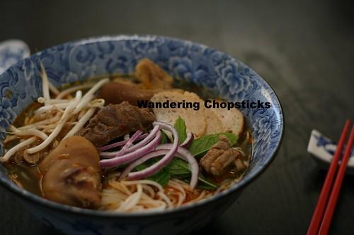 Crock Pot Bun Bo Hue (Vietnamese Hue-Style Beef Noodle Soup) 18