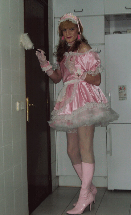 Sissy Maid In Pink Dusting Felicia Colette Flickr