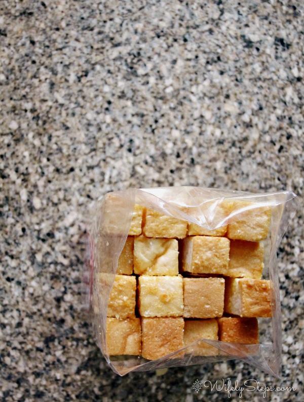 Panaderia Pantoja Logo Panaderia Pantoja Garlic