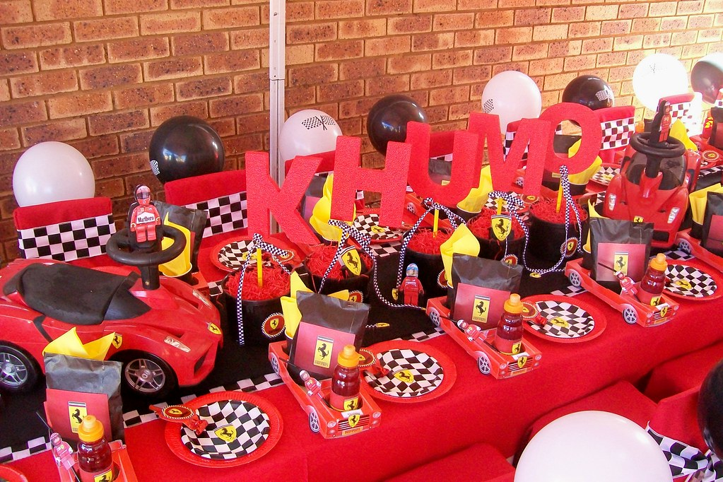 """Ferrari Party"" 