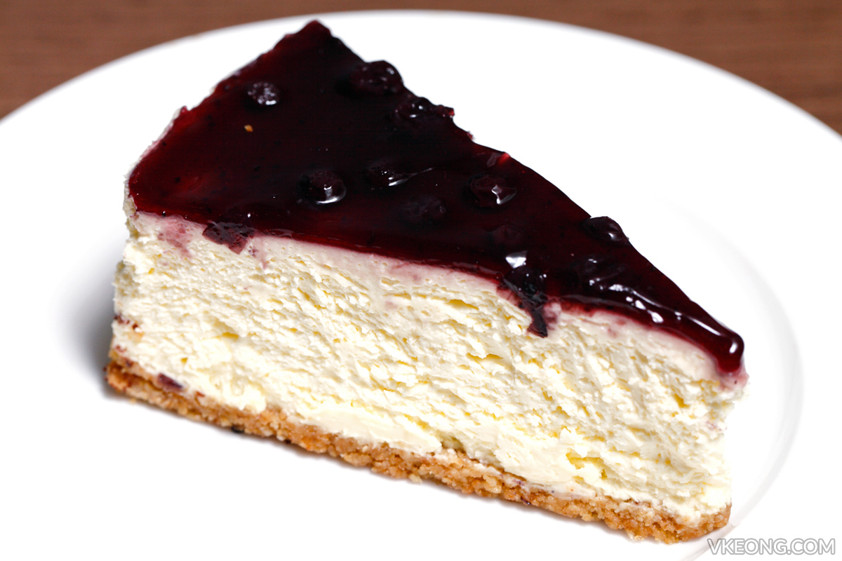 Gold Bar Blueberry Cheesecake