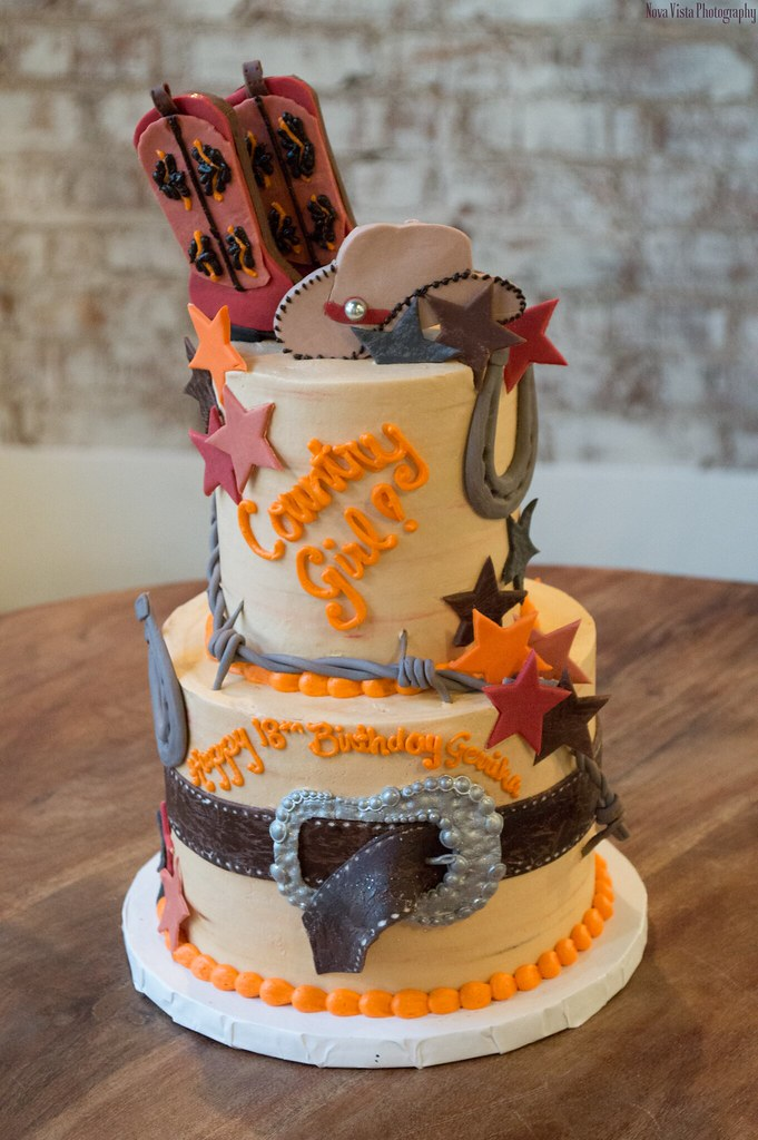 Country Girl Tiered Cake Decorated By Shannyn King At