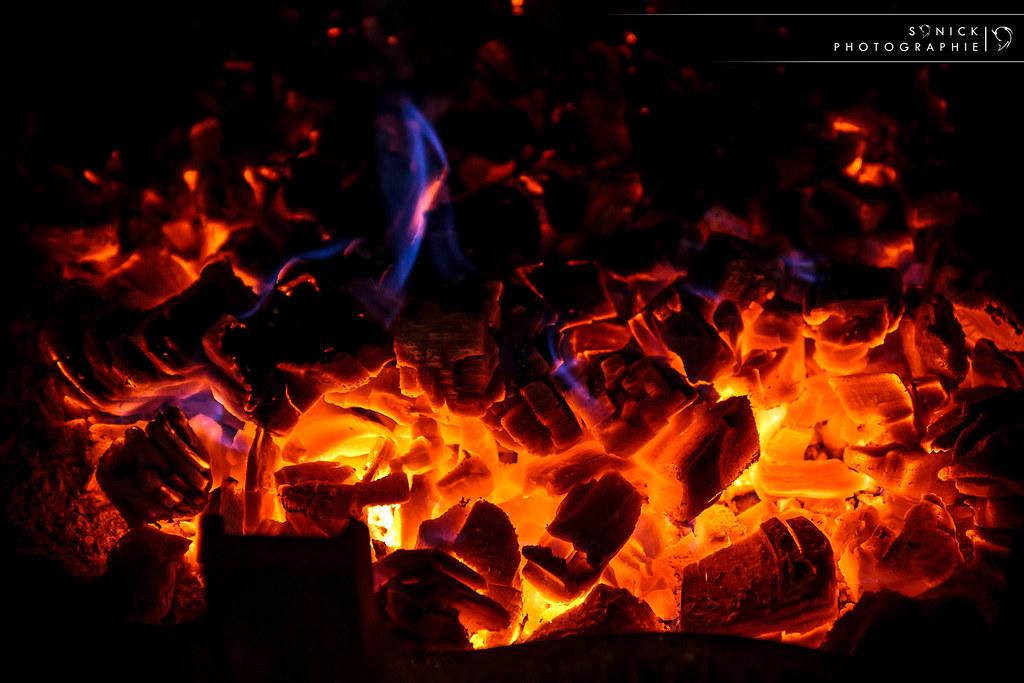 hot hearth les belles braises d 39 un feu de chemin e en On eteindre un feu de cheminée