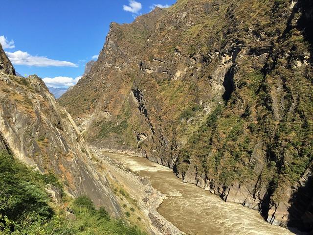Garganta del Salto del Tigre (río Yangtzé, Yunnan, China)
