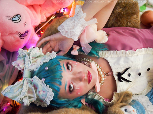 cry baby kawaii lolita fashion makeup style gloomth
