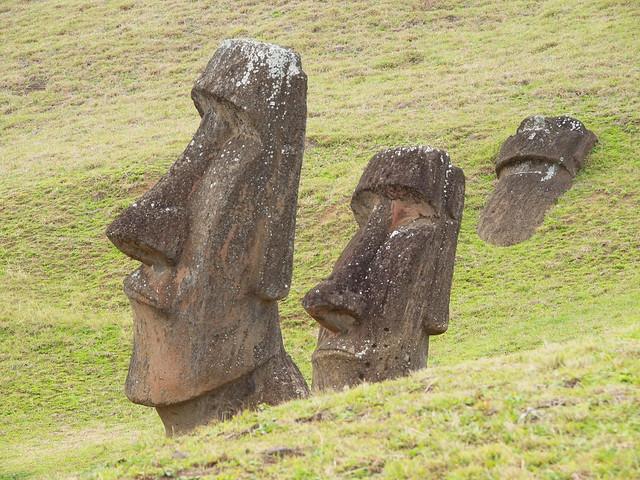 moai statues easter island flickr photo sharing. Black Bedroom Furniture Sets. Home Design Ideas