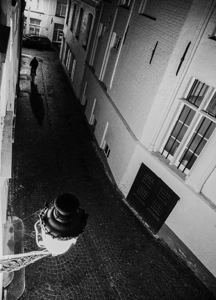 scary, dark street | Georgie Pauwels | Flickr
