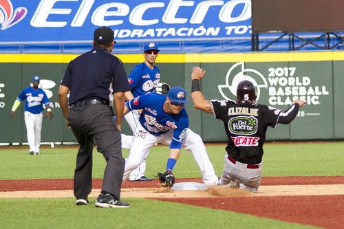 IErrores hunde a Tomateros