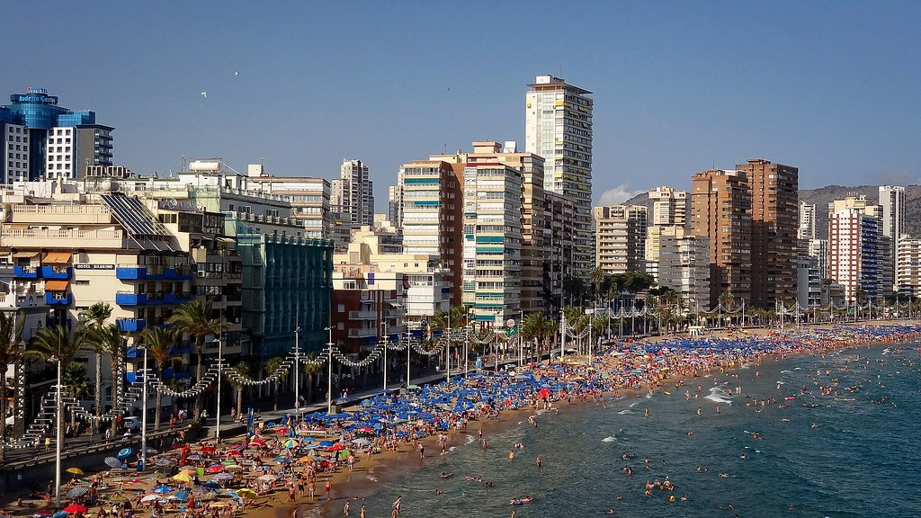 Los edificios construidos en la costa de alicante en los a os 60 no resistir an un terremoto - Alicante office de tourisme ...