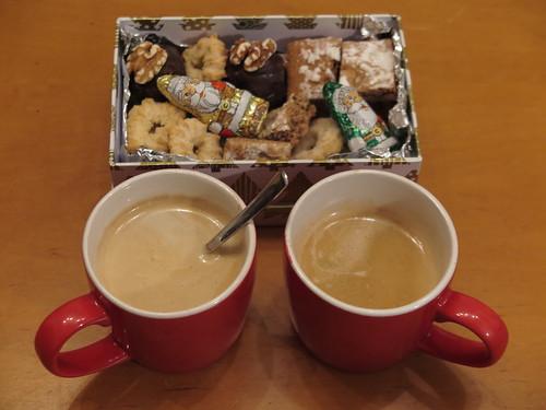 Zum Nikolaus erhaltene Plätzchen zum Nachmittagskaffee