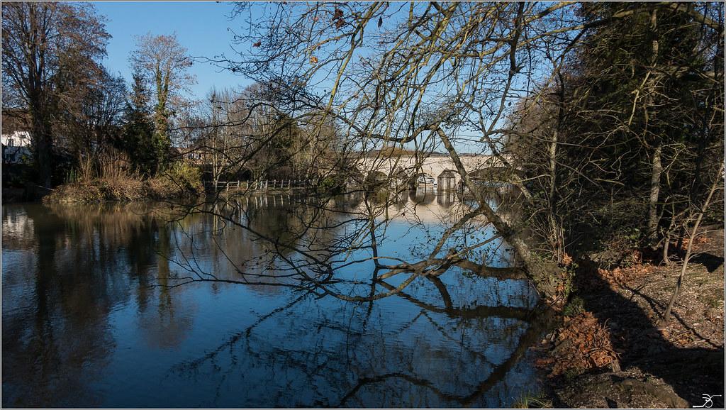 Villeneuve sur Yonne en Automne 31188174762_6c13e7e386_b