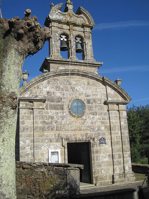 Iglesia de San Miguel de A Gándara en Sigüeiro