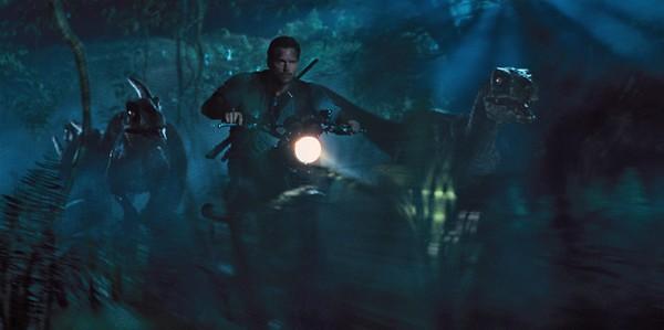 Chris Pratt is cruisin' for a bruisin' with the dinosaurs inChris Pratt is cruisin' for a bruisin' with the dinosaurs in JURASSIC WORLD.