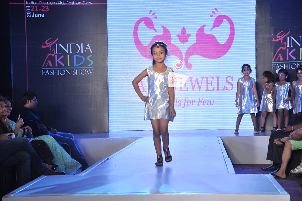Kids Fashion Show Logo India Kids Fashion Show