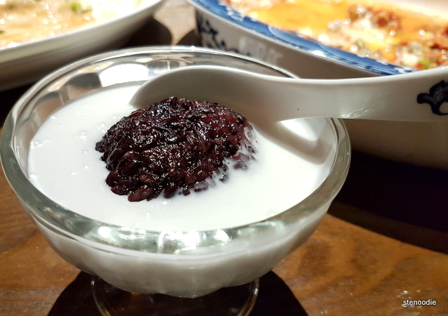 Coconut Milk with Sweet Rice