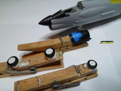 Pas-à-pas : Vought F-8E Crusader [Academy 1/72] - Page 2 30321080354_84e8e00fe5_o