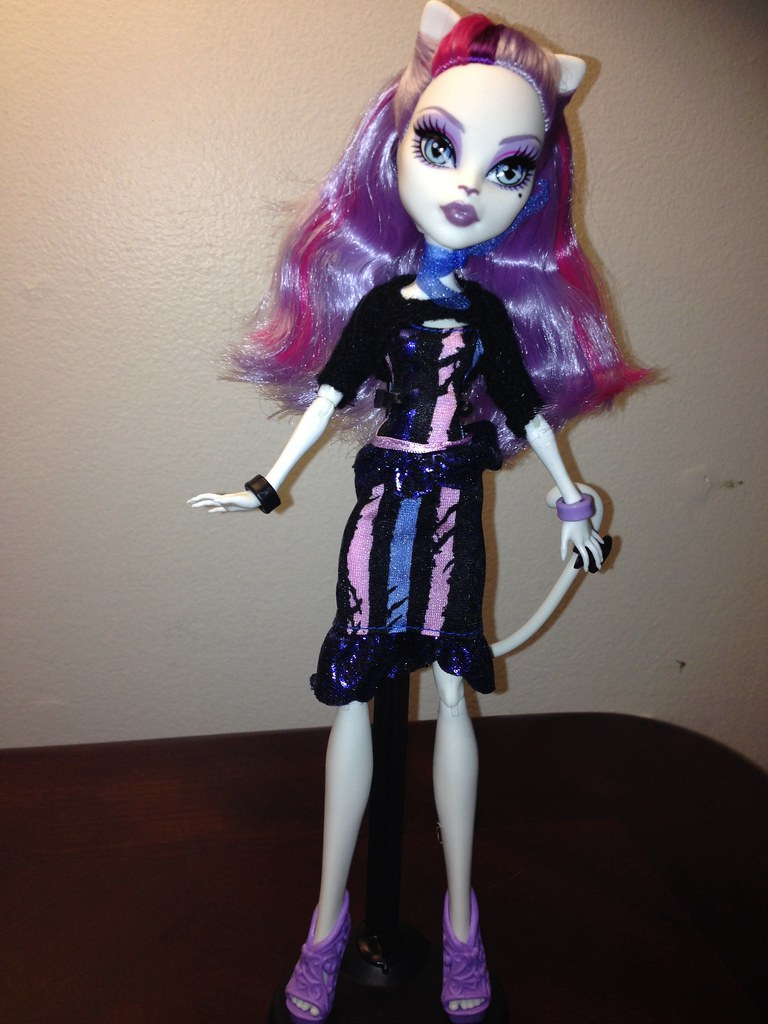 monster high new scaremester catrine demew gymncomics77