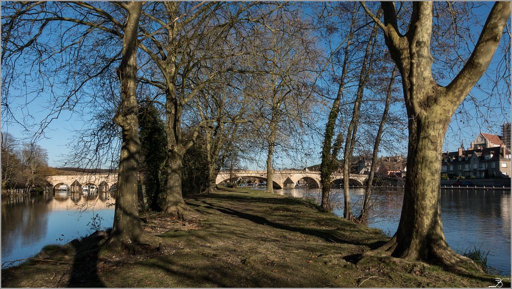 Villeneuve sur Yonne en Automne 30963379270_8ac1b3fc62_b