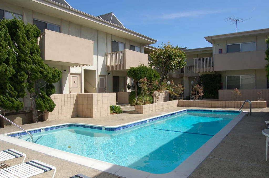 Torrance Ca Rents Apartments 90505 Ocean West 2 Ocean West Flickr