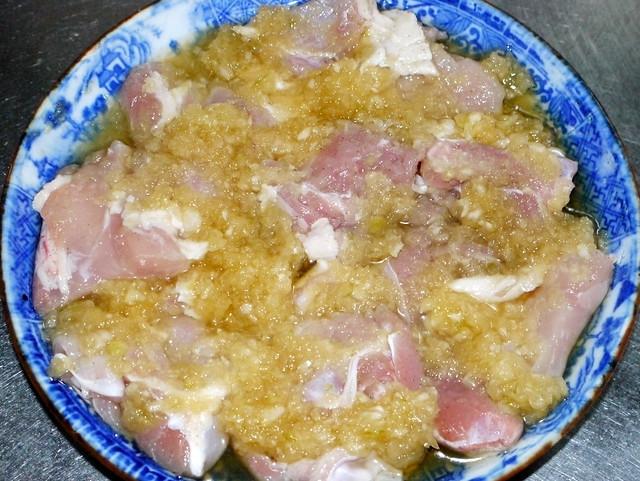 新玉ねぎマリネ鶏肉焼き