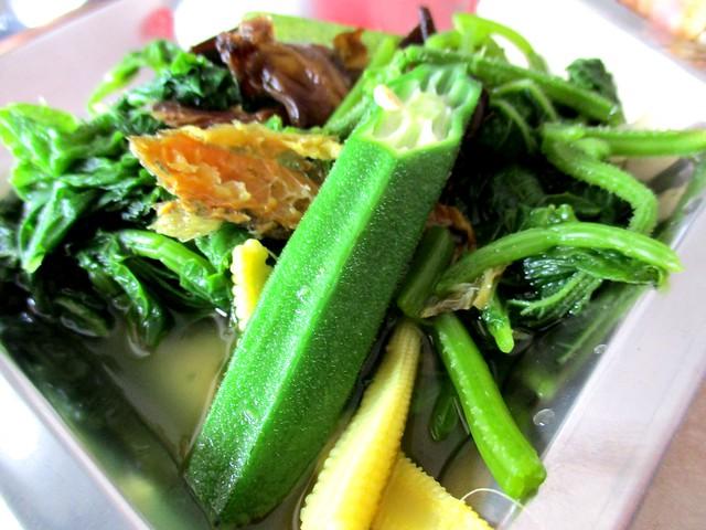 Anak Borneo cucumber leaves & salai ikan