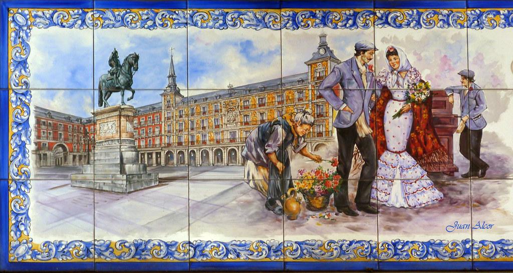 Azulejos Regalos Y Souvenirs Caprichos De Madrid Madrid