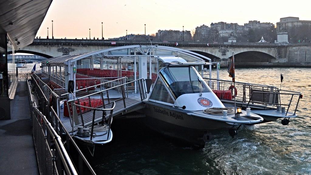 Isabelle adjani bateaux parisiens port de la bourdonna - Bateaux parisiens port de la bourdonnais ...