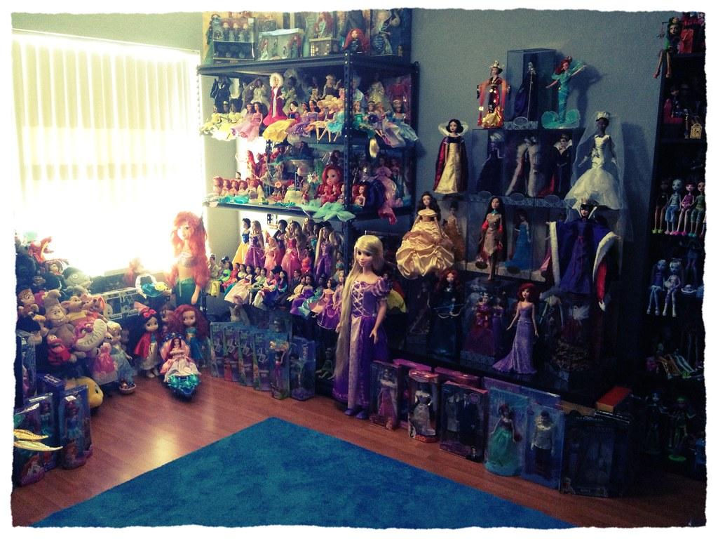 Full Collection of Monster High Dolls Disney Doll/monster High
