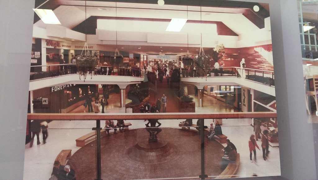 Merle Hay Mall Des Moines Iowa 1980s They Had A