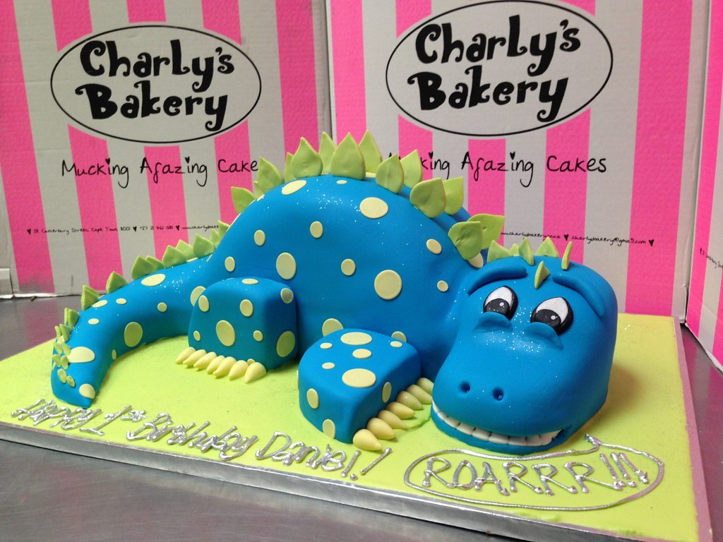 Cute 3d Dinosaur Shaped Cake Covered In Fondant Charly S