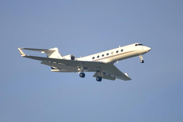 CS-DKI Gulfstream G550