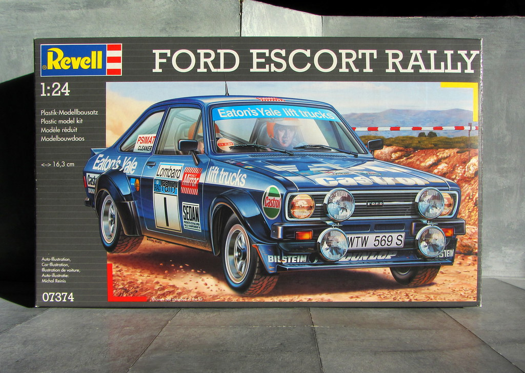 ford escort rally 1  24 scale plastic model kit by revell