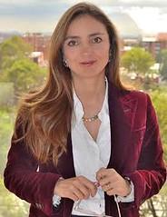 Nathalie Lozano, Abogada