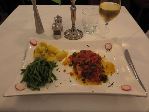 Gegrillter Schwertfisch (im Hotel - Restaurant Cala Luna in Marburg)