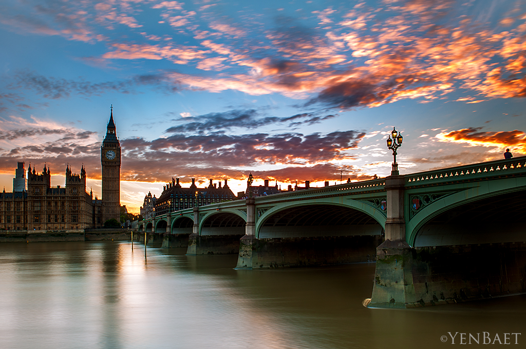 London Sunset At The Clock Tower And Westminster Bridge