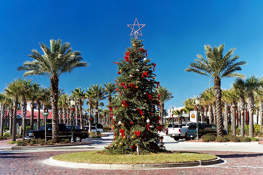 Christmas Tree Neptune Beach Florida A Florida Style