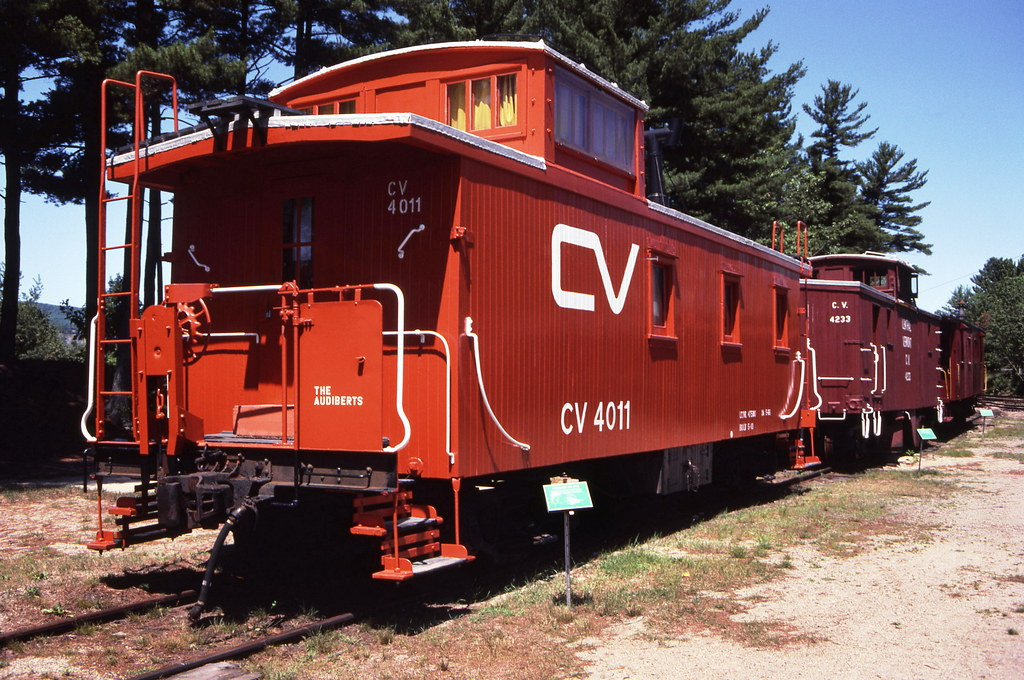 Central Vermont Railway Old Wood Caboose 4011 Owned By