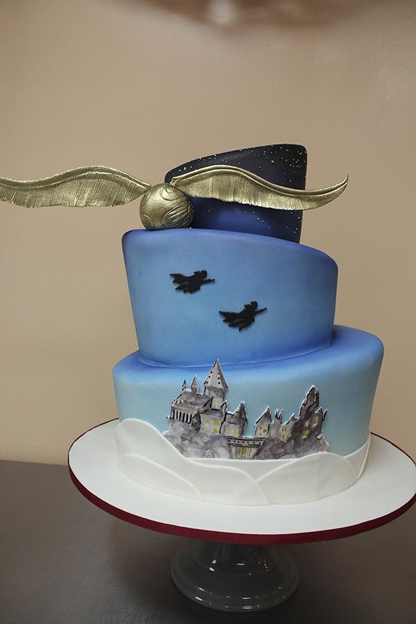 Harry Potter Wedding Cake Golden Snitch Harry Potter
