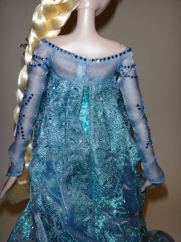 Harrods Limited Edition Anna And Elsa Doll Set Le 100