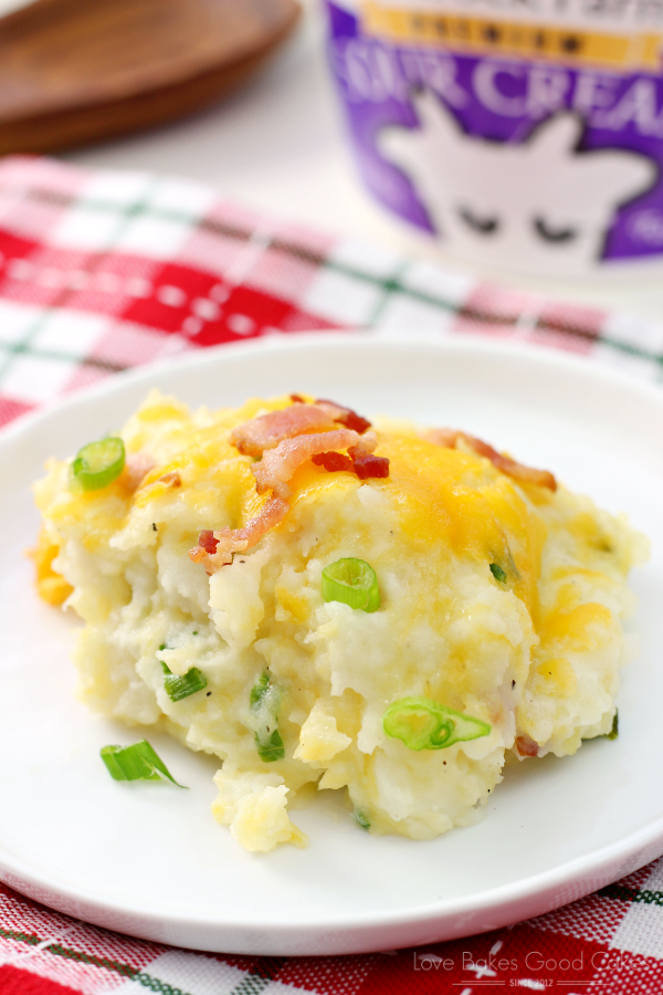The best parts of a loaded baked potato and traditional mashed potatoes all in one dish! Your family will beg you to make this recipe again and again! AD